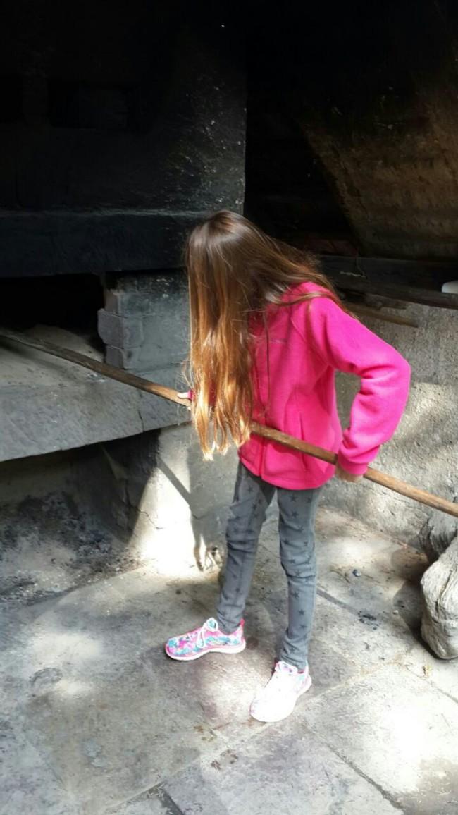 תמונה של מיה, האחיינית המשגעת